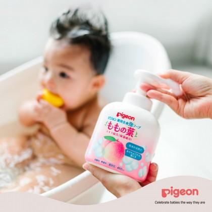 Pigeon Momo Peach Leaf Moisturizing Body Foam Soap 450ml
